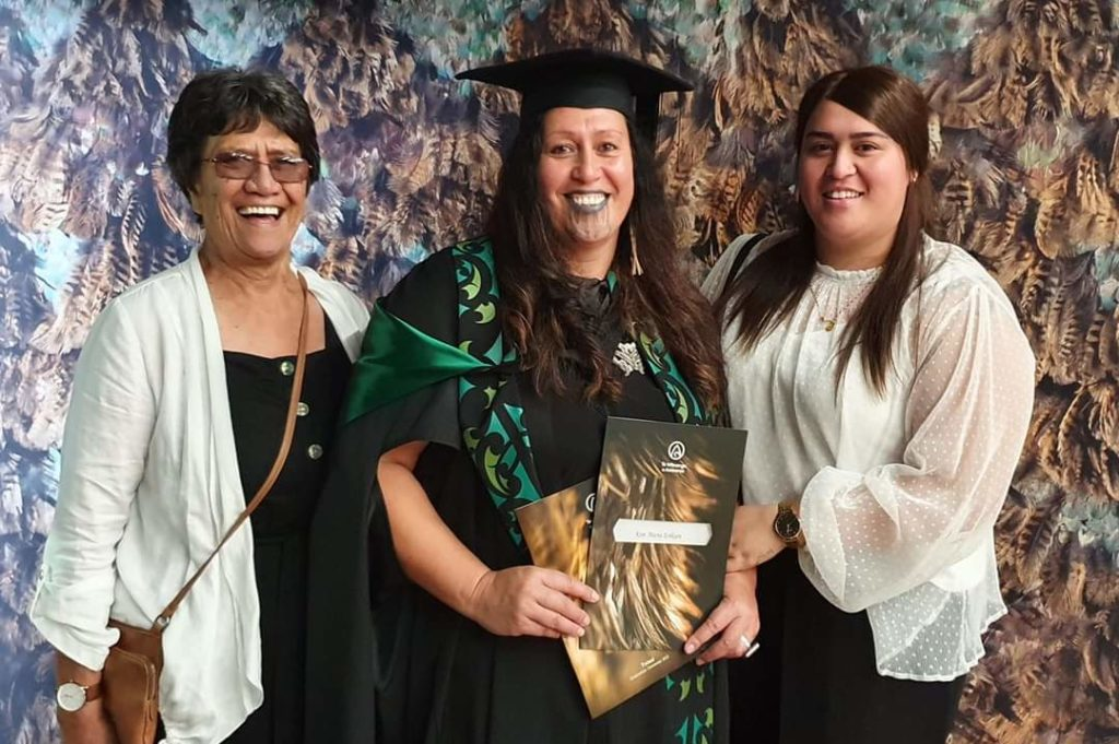 Image of Kim Eriksen- Downs with her mother, Janice Eriksen, and daughter, Ashleigh Winterburn.