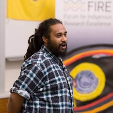 Te Kahu Rolleston – Performance poet and educator